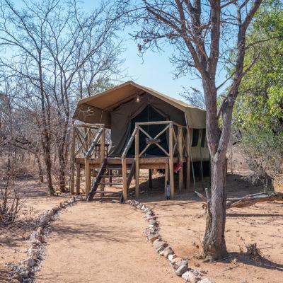 kwafubesi-accommodation-elephant-tent-exterior